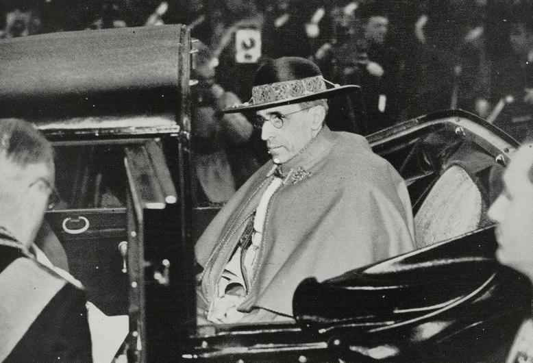 Pio XII, l'omaggio di Giovanni Paolo II